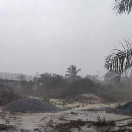 Starkregen auf dem Grundstück von SBF Ghana und NaBiG e. V.